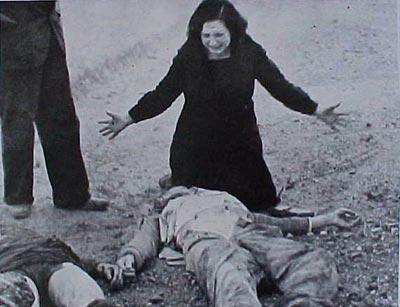 muerto_mujer_llorando